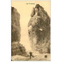 carte postale ancienne 65 GAVARNIE. Alpiniste à la Brêche de Roland