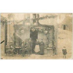carte postale ancienne 65 TARBES. Rare Carte Photo l'apéritif à la Buvette Ecurie Remise 1919