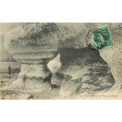 carte postale ancienne 76 FECAMP. Le Trou au Chien 1910 animation