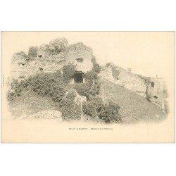 carte postale ancienne 76 ARQUES-LA-BATAILLE. Château Ruines vers 1900