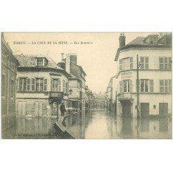 carte postale ancienne 76 ELBEUF. Crue de la Seine Rue Bourdon Café Au Bon Coin
