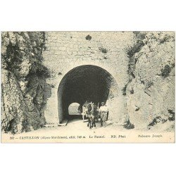 carte postale ancienne 06 CASTILLON. Attelage sortant du Tunnel 1915