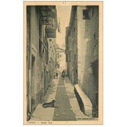 carte postale ancienne 06 CONTES. Vieille Rue (trou d'épingle)...