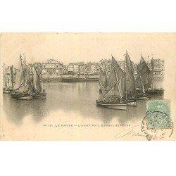 carte postale ancienne 76 LE HAVRE. Avant-Port Bateaux de Pêche 1905