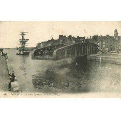 carte postale ancienne 76 DIEPPE. Grand Pont Tournant du Pollet ouvert 1915