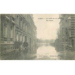 carte postale ancienne 76 ELBEUF. Crue de la Seine 1910 Rue Thiers