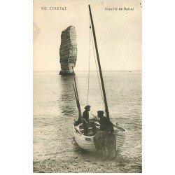 carte postale ancienne 76 ETRETAT. Pêcheurs Aiguille de Belval