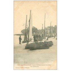 carte postale ancienne 44 LE POULIGUEN. La Pêche aux Homards 1903