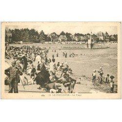carte postale ancienne 44 LE POULIGUEN. La Plage avec Garde-Chasse 1931