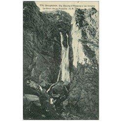 carte postale ancienne 38 BOURG D'OISANS. Saut de la Pucelle