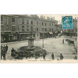 carte postale ancienne 38 BOURGOIN. Douaniers Brigadiers et Bon Marché 1921