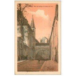 carte postale ancienne 39 DOLE. Rue du Collège de l'Arc