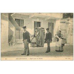 carte postale ancienne 73 AIX-LES-BAINS. Départ pour la Douche en Chaise à Porteurs 1908