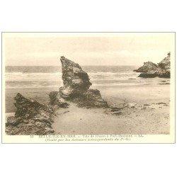 carte postale ancienne 56 BELLE-ILE-EN-MER. Tête de Clown Port Donnant