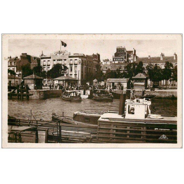 56 lorient bateau de port louis et chambre de commerce for Chambre de commerce francaise en egypte