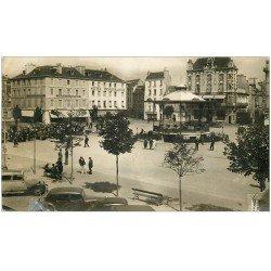 56 LORIENT. Carte Photo Place Alsace-Lorraine. (défaut) Voiture Traction avant et Dentiste à l´étage. Hôtel Beauséjour