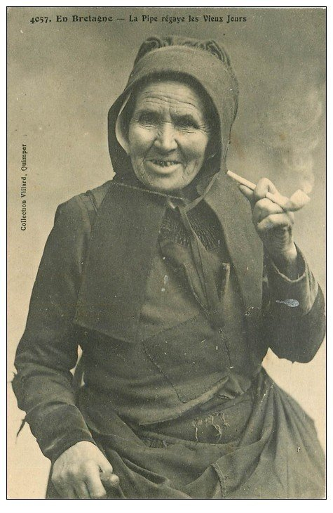 56 morbihan vieille fumeuse de pipe 1913 - Presse ancienne morbihan ...