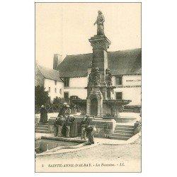 carte postale ancienne 56 SAINTE-ANNE-D'AURAY. La Fontaine
