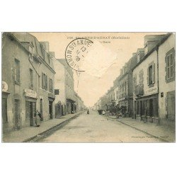 carte postale ancienne 56 SAINTE-ANNE-D'AURAY. Rue de la Gare 1909. Timbre arraché...