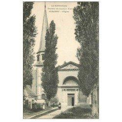 carte postale ancienne 27 ACQUIGNY. L'Eglise animation