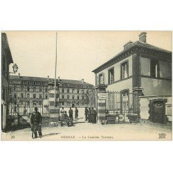 carte postale ancienne 27 BERNAY. Caserne Turreau Militaires