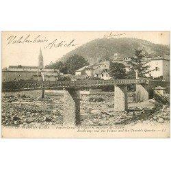 carte postale ancienne 07 VALS-LES-BAINS. Passerelle sur Volane et Quartier de l'Eglise 1925