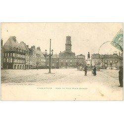 carte postale ancienne 08 CHARLEVILLE MEZIERES. Hôtel de Ville vers 1903. Magasin Au Coin de Rue