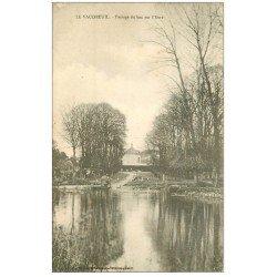 carte postale ancienne 27 LE VAUDREUIL. Passage du Bac sur l'Eure 1904