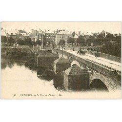 carte postale ancienne 08 CHARLEVILLE MEZIERES. Pont de Pierre fiacre 27