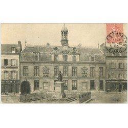 carte postale ancienne 27 LES ANDELYS. Hôtel de Ville et Poussin 1905