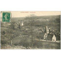 carte postale ancienne 27 LYONS-LA-FORET. Vue de la Ville et Cimetière 1914