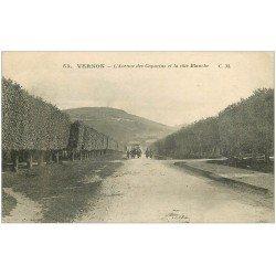carte postale ancienne 27 VERNON. Avenue des Capucins et Côte Blanche 1917 attelage militaire