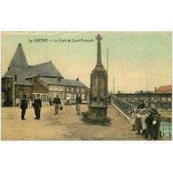 carte postale ancienne 08 LE CHESNE. La Croix de Saint-Ampoule. Superbe carte granulée...