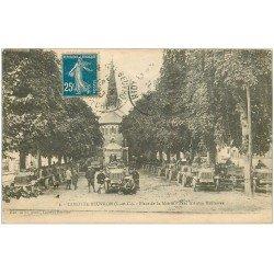 carte postale ancienne 41 LAMOTTE-BEUVRON. Parc Autos Militaires Place de l'Eglise 1920