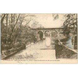 carte postale ancienne 41 LAMOTTE-BEUVRON. Pont du Chemin de Fer 1931