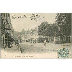 carte postale ancienne 41 VENDOME. Cycliste Place d'Armes 1905