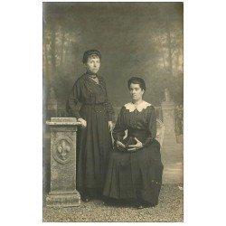 carte postale ancienne 41 VENDOME. Rare Photo Carte de Femmes 1918. Amélie