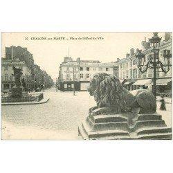 carte postale ancienne 51 CHALONS-SUR-MARNE. Pharmacie Place Hôtel de Ville