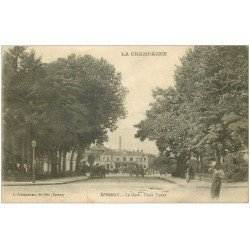 carte postale ancienne 51 EPERNAY. La Gare Place Thiers