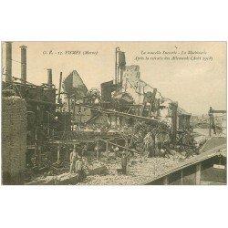 carte postale ancienne 51 FISMES. La Machinerie Nouvelle Sucrerie avec Ouvriers 1921