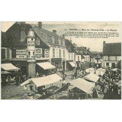 carte postale ancienne 51 FISMES. Le Marché Place Hôtel de Ville