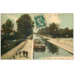 carte postale ancienne 51 REIMS. Canal Chevaux hâlant une Péniche 1909