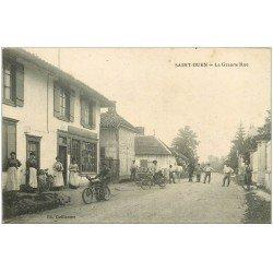 carte postale ancienne 51 SAINT-OUEN. Grande Rue motocyclette, vélo et Forgeron. Superbe animation 1916