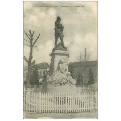 carte postale ancienne 51 VITRY-LE-FRANCOIS. Monument Colonel Moll 1918