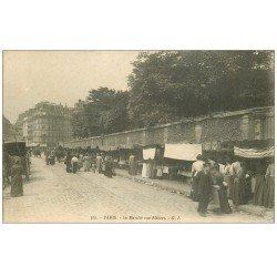 carte postale ancienne 75 PARIS 10. Le Marché rue Alibert et mur Hôpital Saint-Louis. Au fond la rue Bichat et Marie-Louise