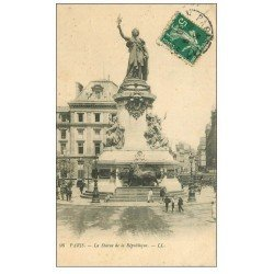 carte postale ancienne 75 PARIS 10. Place de la République 1910 et son Lion