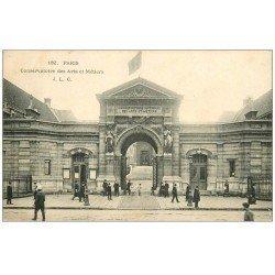 carte postale ancienne PARIS 03. Conservatoire des Arts et Métiers animation 1906