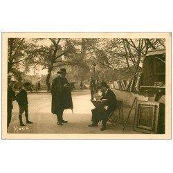carte postale ancienne PARIS 05. Bouquiniste Quai de la Tournelle 1939
