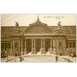 carte postale ancienne PARIS 08. Grand Palais Entrée. Pli coin