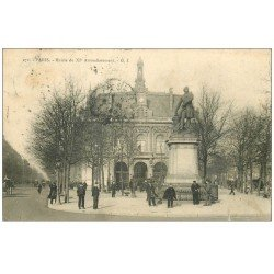 carte postale ancienne PARIS 11. La Mairie 1904